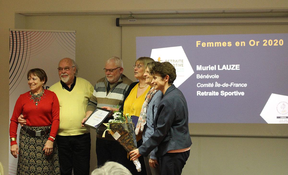 Muriel Lauze : 3e personne en partant de la droite.